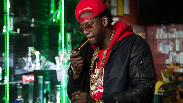 2 Chainz Smokes a Gold-Covered Joint